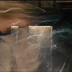 Pietro usa sus poderes para enfrentar a los Vengadores.