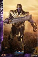 Endgame Thanos Hot Toys 6