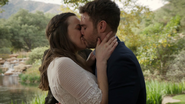 Jemma Simmons marries Leo Fitz