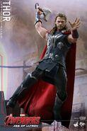 Thor AOU Hot Toys 6