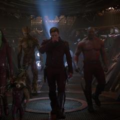 Gamora y su equipo se alistan para la misión.