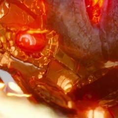 Ultrón trata de resistir los ataque combinados de Stark, Thor y Visión.