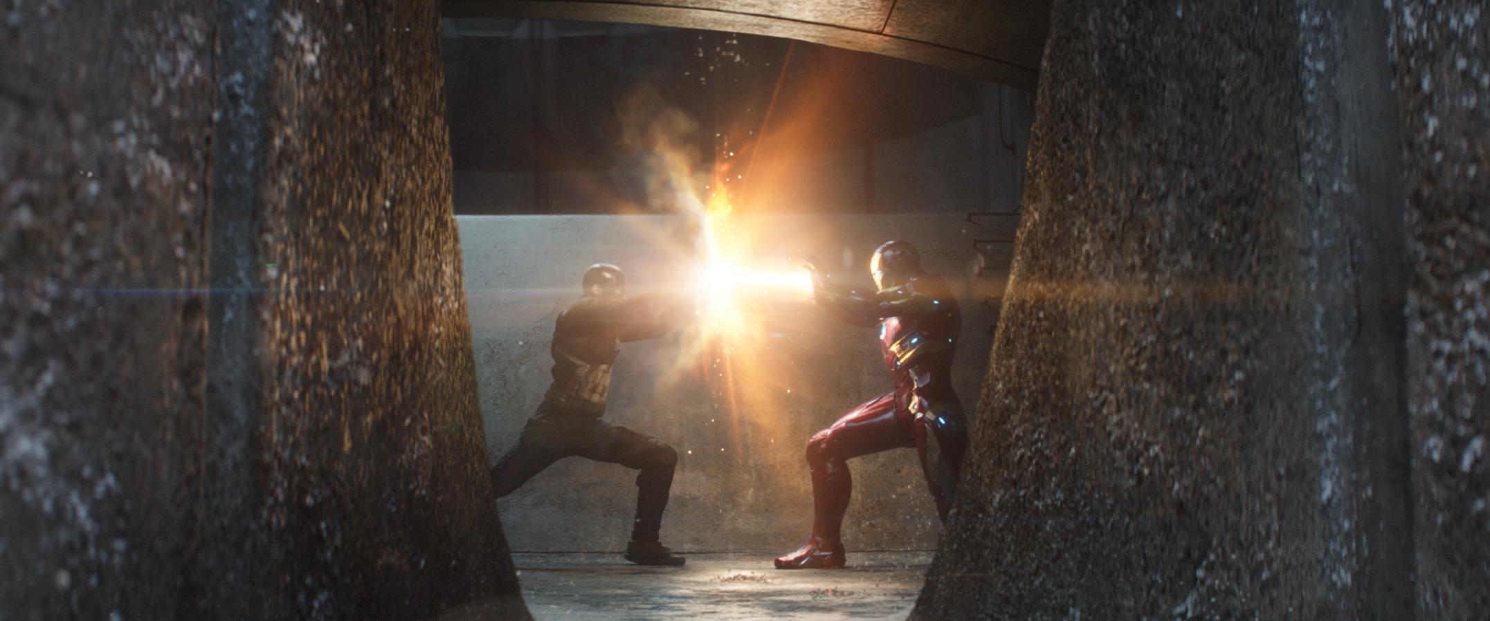 Resultado de imagem para captain america versus iron man civil war