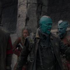 Yondu ordena capturar a Quill.
