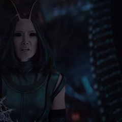 Mantis descubre que Stark es aliado de Thor.