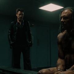Vanko es visitado por Stark.