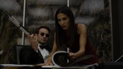 Elektra y Murdock buscando