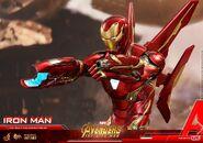 Iron Man IW Hot Toys 1