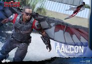 Falcon Civil War Hot Toys 9