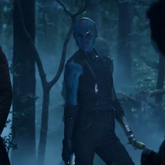 Nebula tras dispararle a Yondu y Rocket.