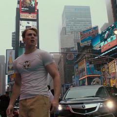 Rogers se encuentra con una Times Square moderna.