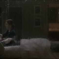 Palmer cuida a Strange en el hospital.