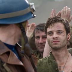 Barnes de regreso a la base militar.