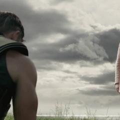 Odín se reúne con Thor para aconsejarlo.
