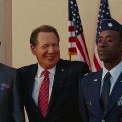 Stark y Rhodes reciben medallas de valor por Stern.