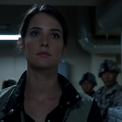 Hill se encuentra con Coulson en la Providencia.