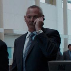 Actor desconocido como Empleado de Industrias Stark