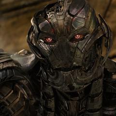 Ultrón le explica a Stark la situación actual de Banner.