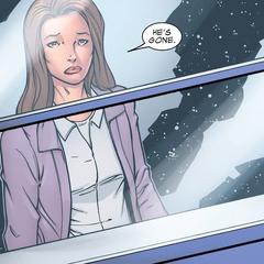 Foster se entera por Selvig de que Thor regresó a Asgard.