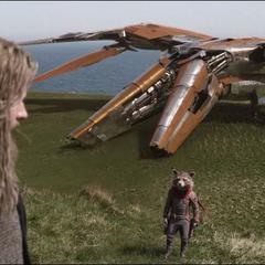 Rocket apresura a Thor.