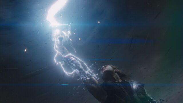 File:Thor-Avengers-Regaining-Powers.jpg