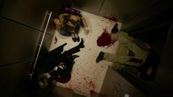 Hope y sus padres muerto dentro de un ascensor