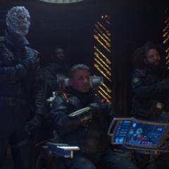 Stakar y sus Devastadores despiden a Yondu.