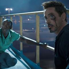 Rhodes y Stark se infiltran en el <i>Norco</i>.