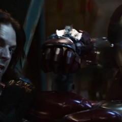 Barnes es dominado por Stark.