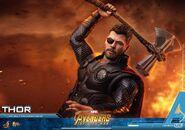Thor IW Hot Toys 2