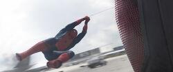 SpiderMan-TrippingGiantMan