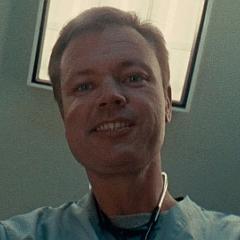 Terry Dale Parks como Enfermero
