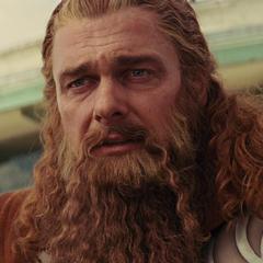 Volstagg ve a Thor sacrificarse.