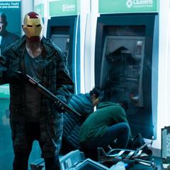 Parker detrás de los ladrones.