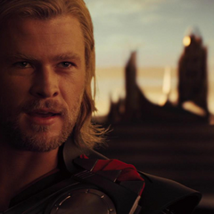 Thor decide viajar a Jotunheim para vengarse de los jotuns.