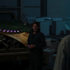 Toomes decide ocultar tecnología Chitauri