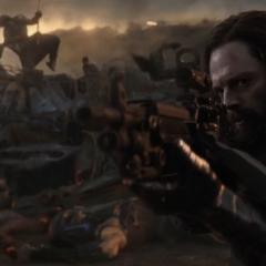 Barnes le dispara a los Outriders.