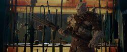 Thor-Ragnarok-Korg-holding-a-wooden-fork