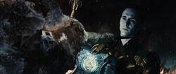 Loki-tries-to-kill-Heimdall