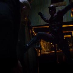 Daredevil vence a Fisk.