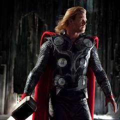 Thor llega a Jotunheim con sus aliados.