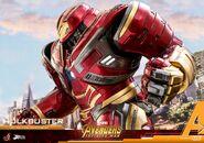 Hulkbuster Infinity War Hot Toys 6