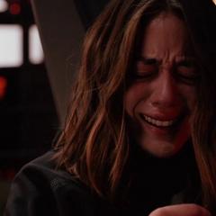 Johnson llora por la muerte de Campbell.