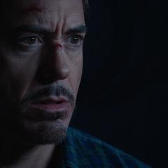 Stark aprende sobre el Proyecto Extremis.