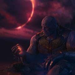 Thanos obtiene la Gema del Alma a cambio del sacrificio de Gamora.