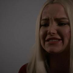 Ruby le hace una confesión llorosa a Hale.