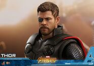 Thor IW Hot Toys 19