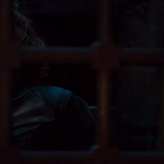 Romanoff es encerrada en su celda.