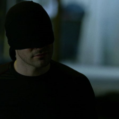 Murdock obtiene información de Ben Urich.