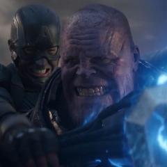 Thanos es sometido por Rogers y Thor.